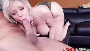 PORNSTARPLATINUM - Big Titty MILF Dee Williams Blows Huge Cock